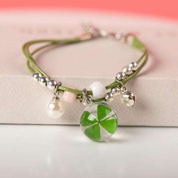 Armband grün Perlen mit Kleeblatt