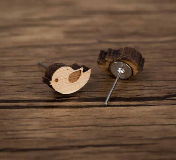 Ohrstecker aus Holz - Vogel sitzend