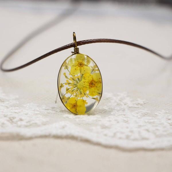 Leder Kette Kirschblüte in Glaskugel - oval - Gelb