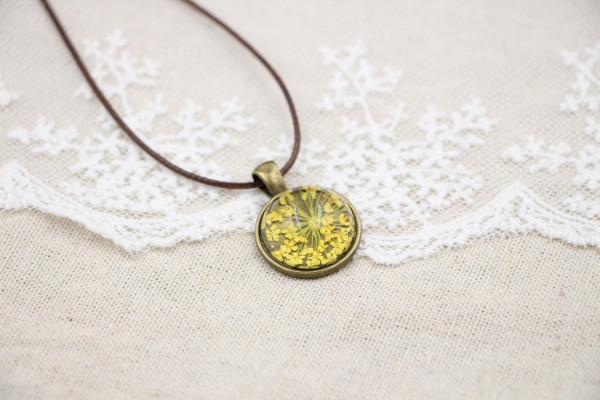 Leder Kette Blume in halber Glaskugel - Gelb