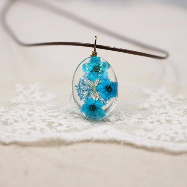 Leder Kette Kirschblüte in Glaskugel - oval - Blau